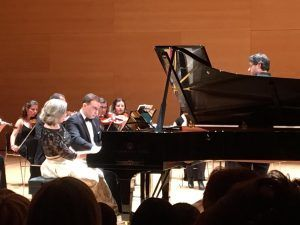 Carles   Sofia piano duo. Auditori de Girona 300x225 - Carles___Sofia_piano_duo._Auditori_de_Girona
