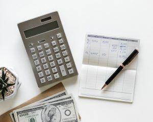 calculator 3242872 640 300x239 - calculator-3242872_640